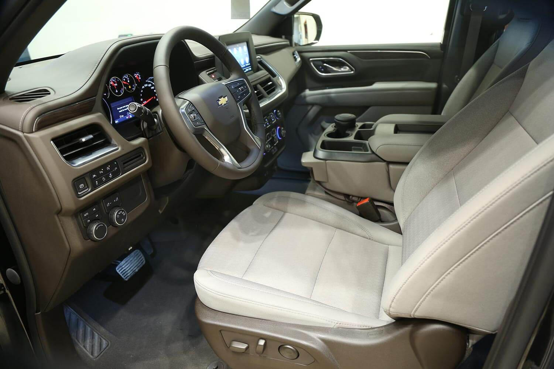 صورة داخلية للسيارة  شفروليه تاهو LS دبل 2021