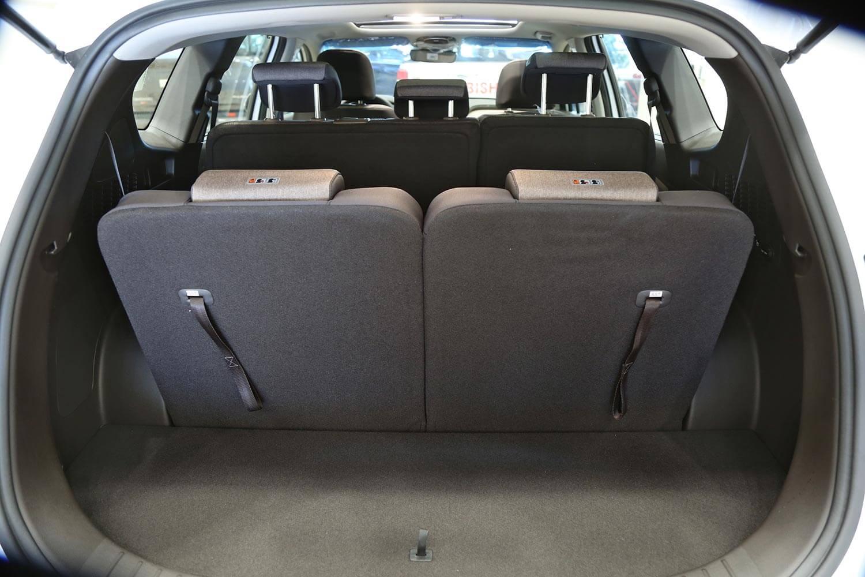 صورة داخلية للسيارة  هيونداي سنتافي SMART-PLUS 2021