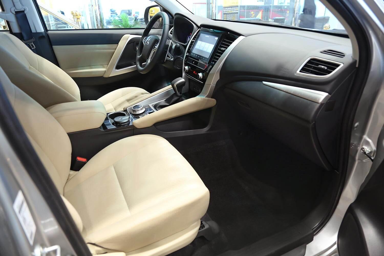 صورة داخلية للسيارة  ميتسوبيشي مونتيرو سبورت GLX-ML 2021