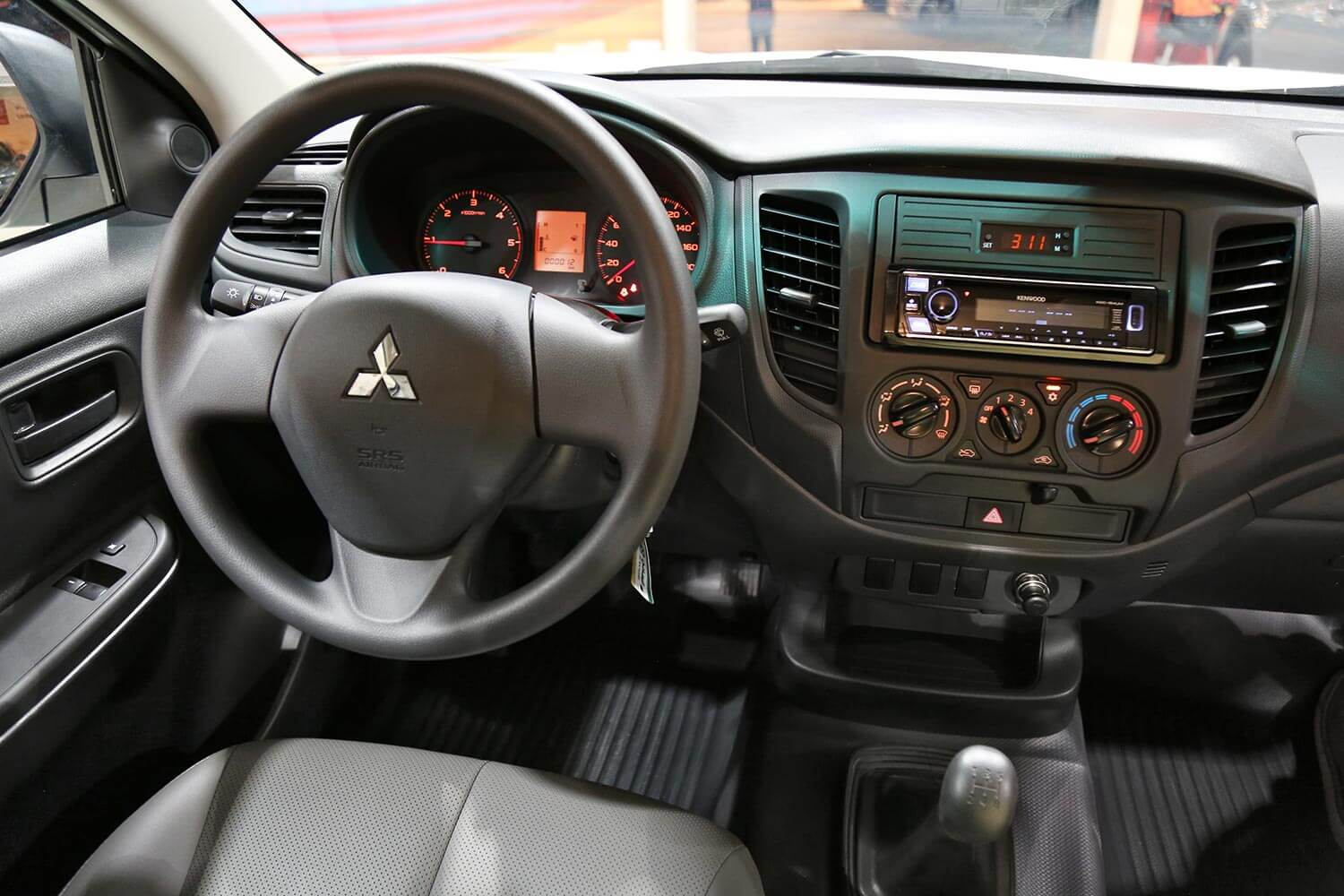 Interior Image for  MITSUBISHI L200 4*2 diesel 2021