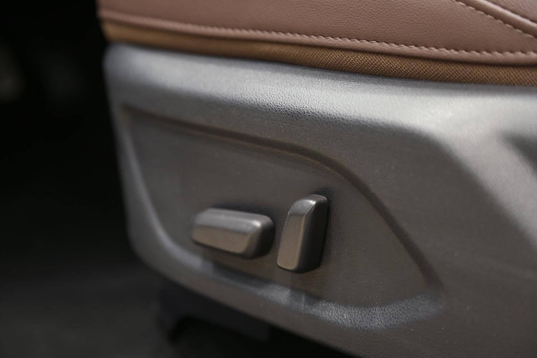 صورة داخلية للسيارة  جريت وول ونجل 7 2021