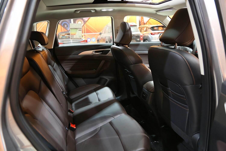 صورة داخلية للسيارة  شانجان CS35-PLUS سمارت 2022