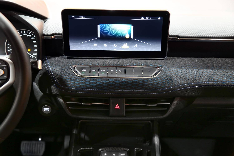 صورة داخلية للسيارة  هافال جوليان بيسيك 2021