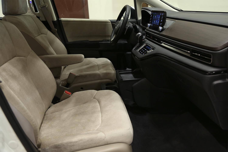 صورة داخلية للسيارة  هوندا اوديسي J EX 2021