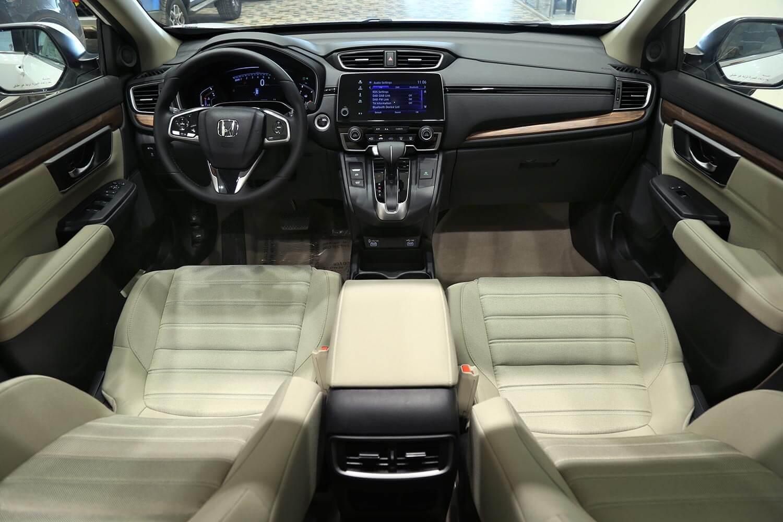 صورة داخلية للسيارة  هوندا CRV EX 2021