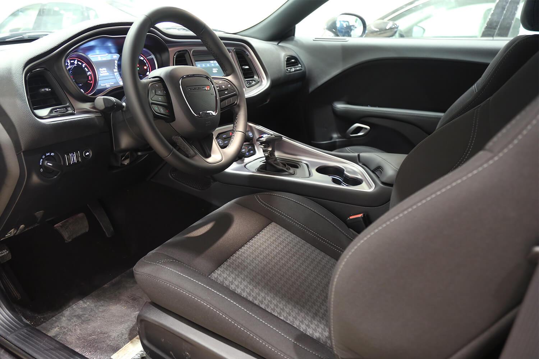 صورة داخلية للسيارة  دودج تشالنجر Sxt 2021