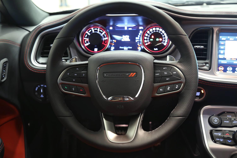 صورة داخلية للسيارة  دودج تشالنجر GT 2021
