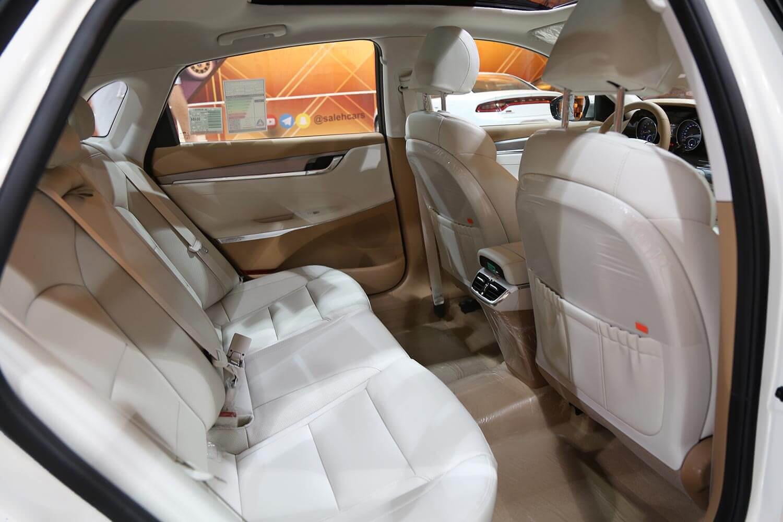 صورة داخلية للسيارة  هيونداي ازيرا SMART-PLUS 2022