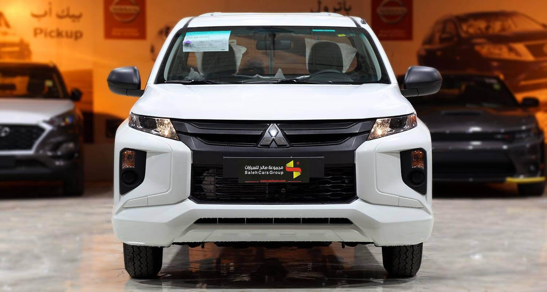 Exterior Image for  MITSUBISHI L200 gasoline 2020