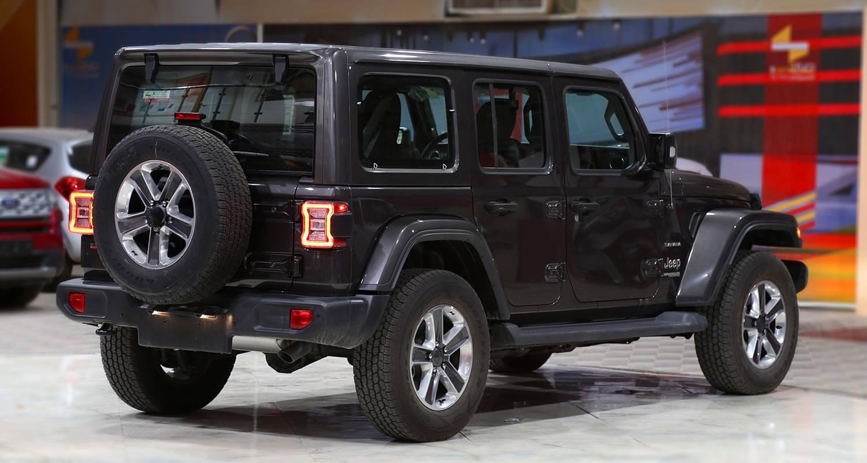 صورة خارجية للسيارة  جيب رانجلر Sahara Plus 2021