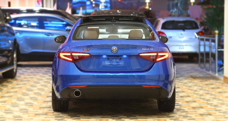 صورة خارجية للسيارة  الفاروميو GIULIA Super 2020