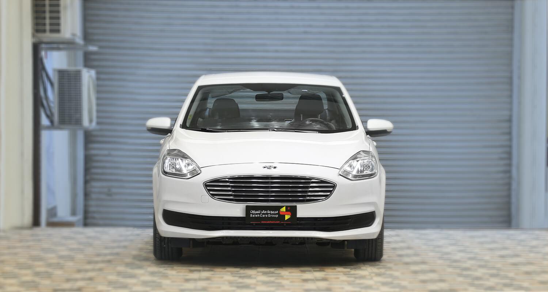 صورة خارجية للسيارة  فورد escort امبيانتي 2020
