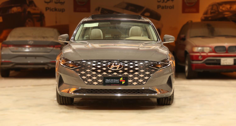صورة خارجية للسيارة  هيونداي ازيرا MID 2022