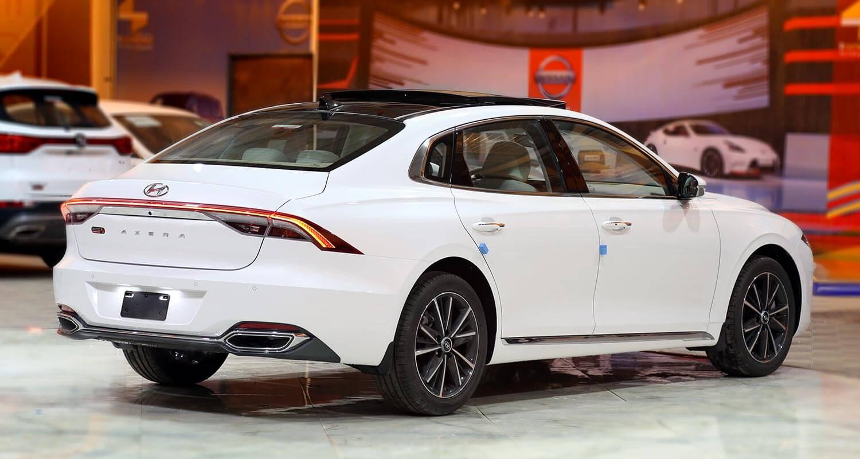 صورة خارجية للسيارة  هيونداي ازيرا Smart 2022